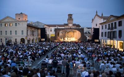 Adua Veroni Ospite di Opera in Piazza