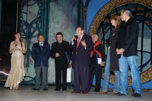 Il cantante Giorgio Consolini, l'attore Elio Pandolfi e il duo Ialisse sul palcoscenico di Vedova Allegra ( Palateatro di Oderzo)