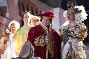 Particolare dei costumi dell'opera Rigoletto in Piazza Grande