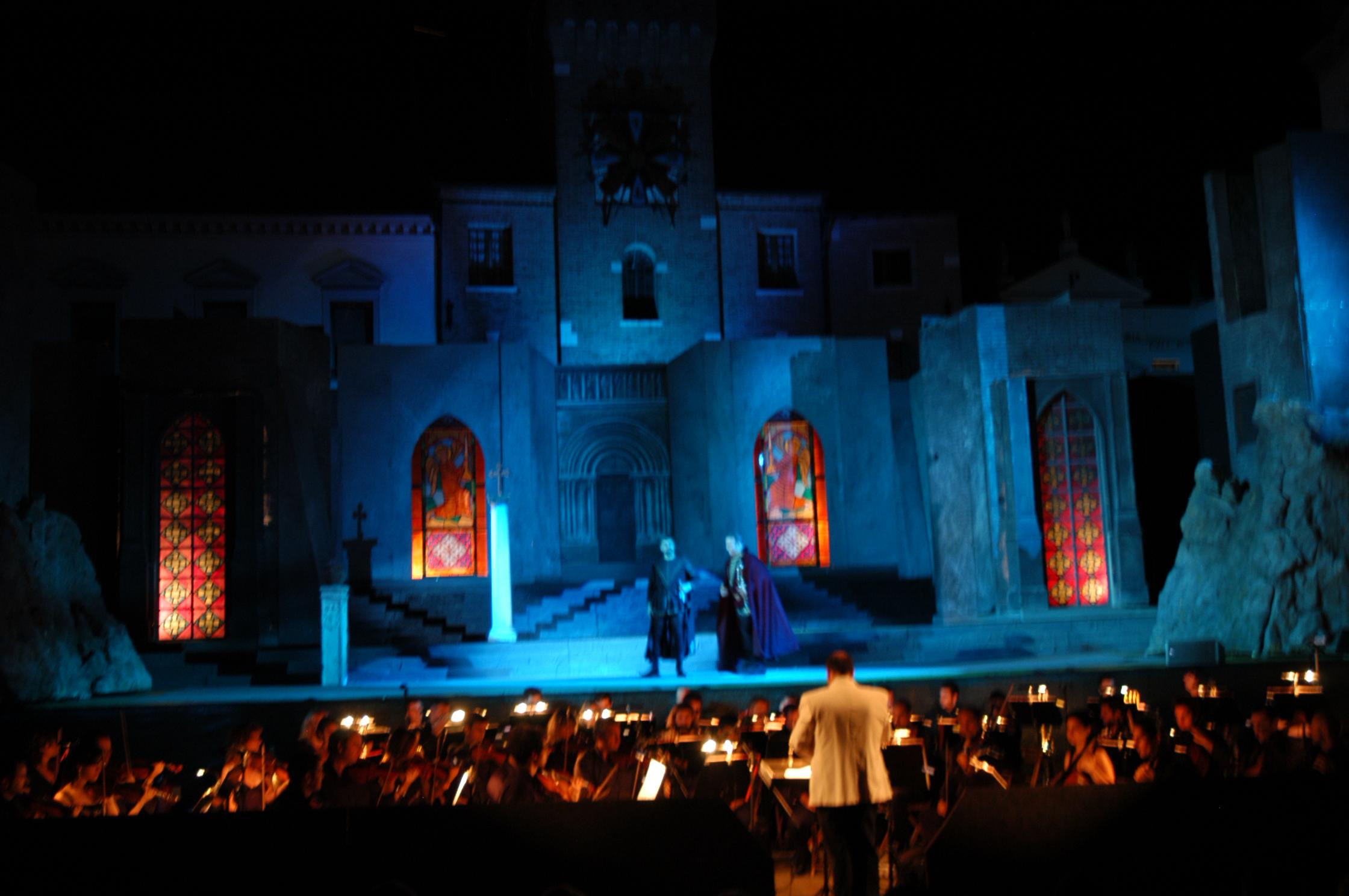 Oderzo-Piazza Grande Scena di Trovatore